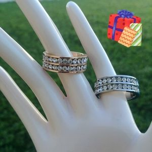 Jewelry - NEW eternity band cz diamond ring set